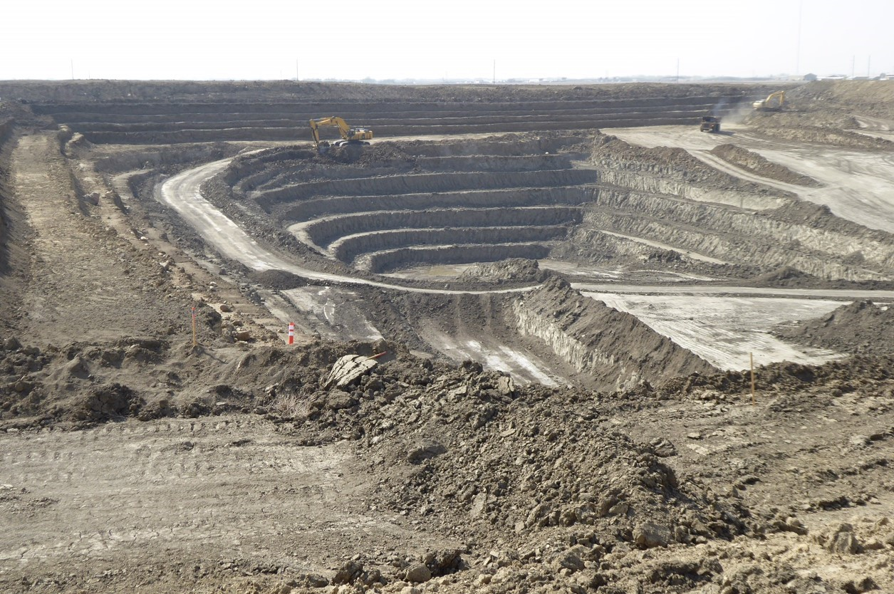 Heavy Construction Mining in Canada
